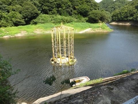 金山ダムの取水施設