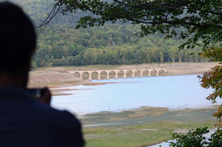 糠平湖 タウシュベツ川橋梁