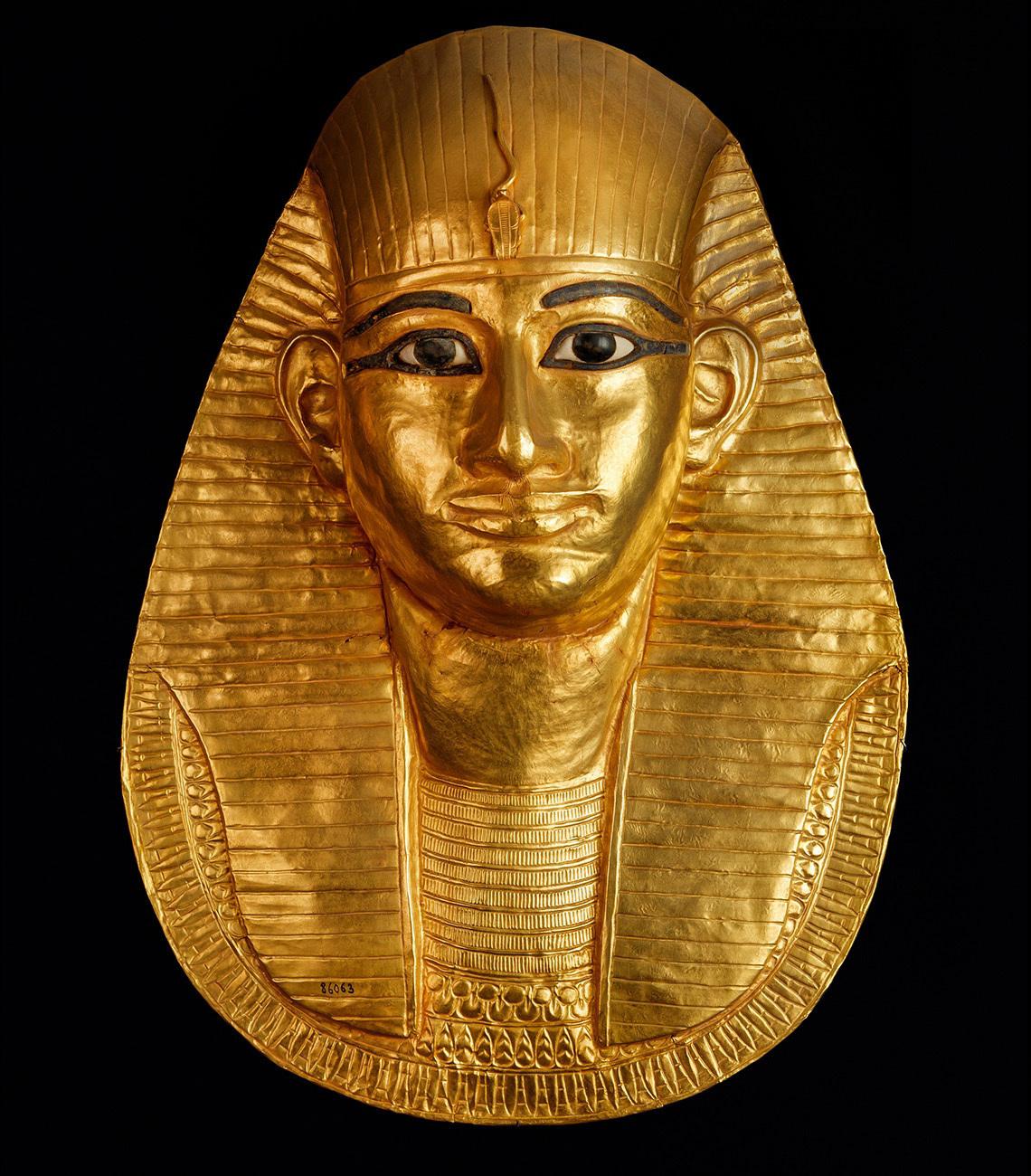 アメンエムオペト王の御動くマスク