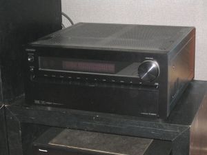 TX-NR5010(写真は修理前のもの)
