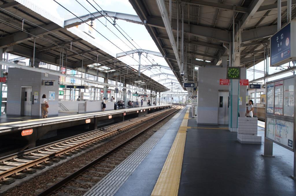 曽根駅02