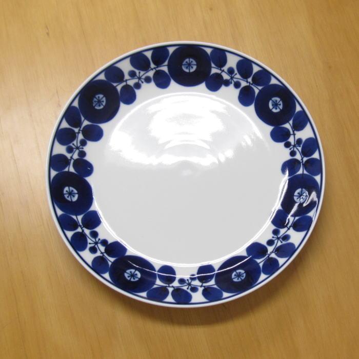 0 h 白山陶器が販売するブルーム柄の皿a