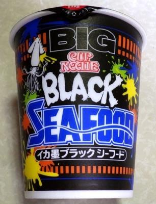 7/31発売 カップヌードル BIG イカ墨ブラックシーフード