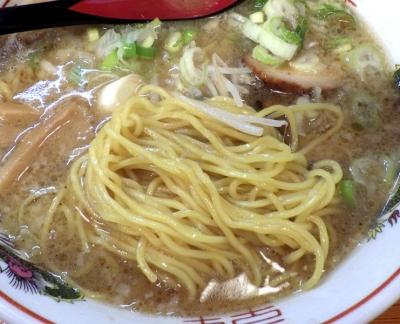 らーめん大和 松原店 やまとラーメン(麺のアップ)