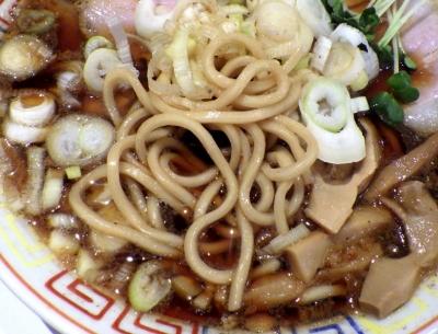 サバ6製麺所 福島本店 サバ醤油そば(麺のアップ)