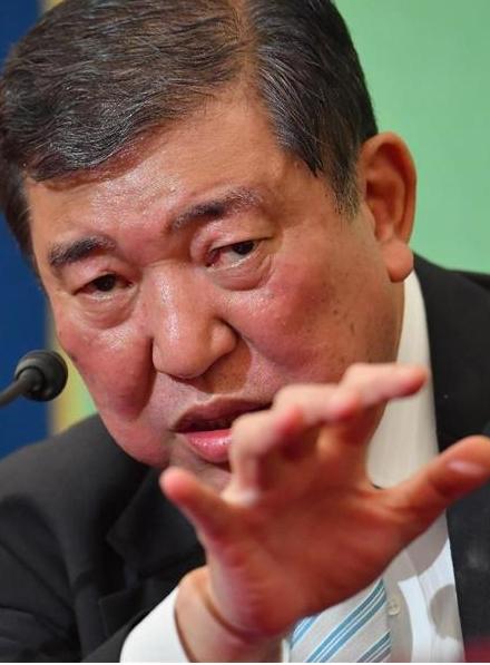 北朝鮮を非難する石破元幹事長
