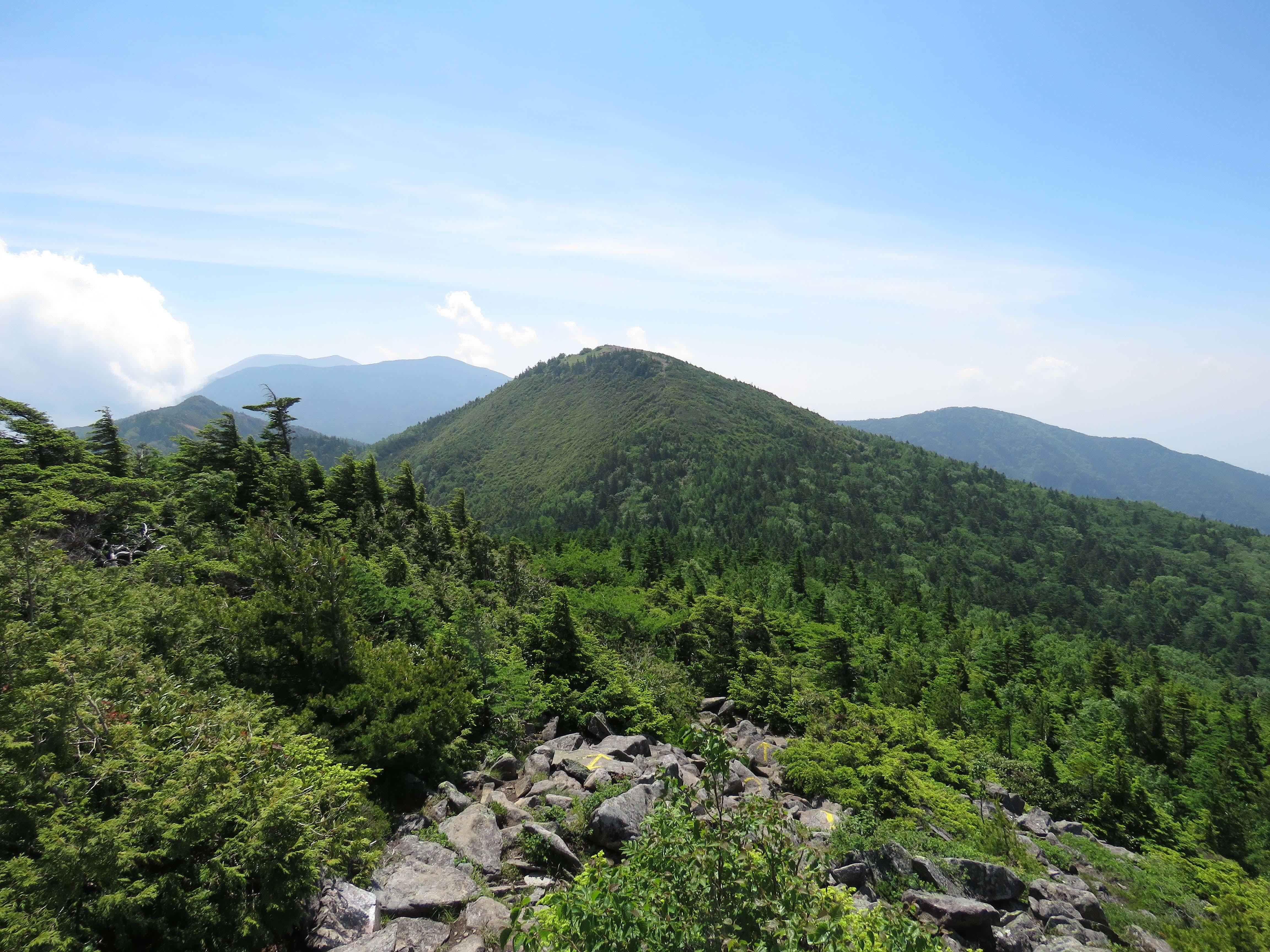 西篭の塔山
