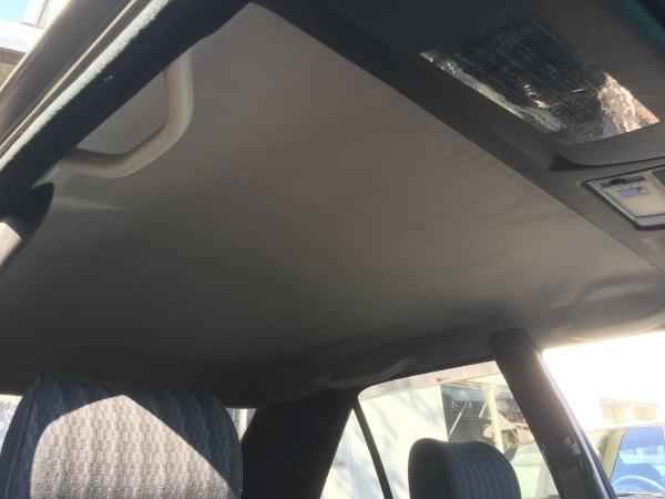 天井張替えベンツ300E (W124)