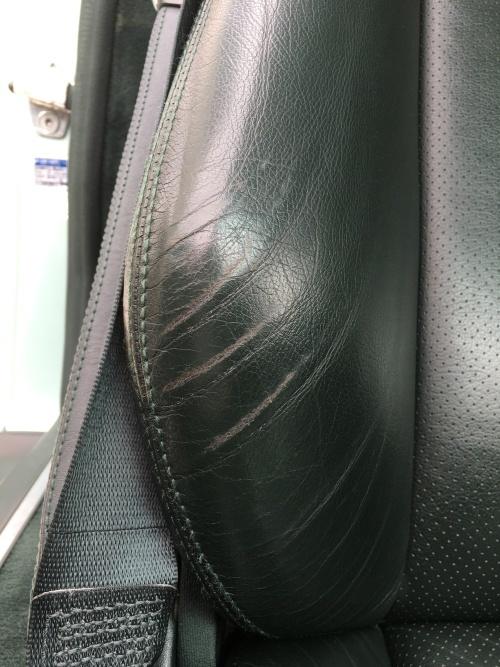 レザーシート、シフトノブ 擦れ補修 ベンツ 500SL