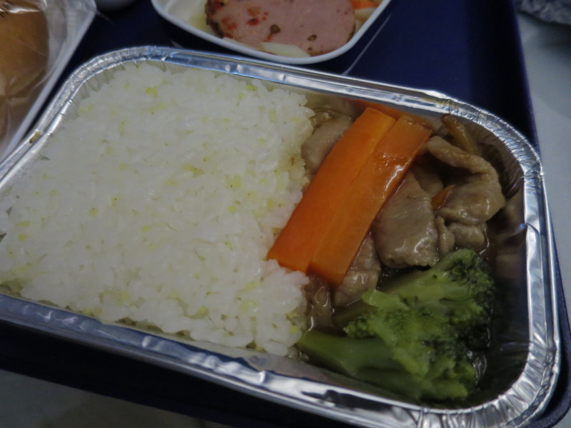 中国東方航空 機内食 青島線