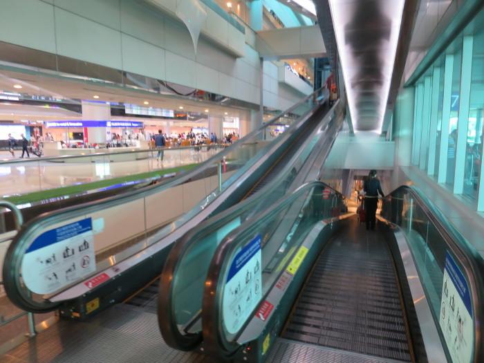 台湾 空港地下鉄
