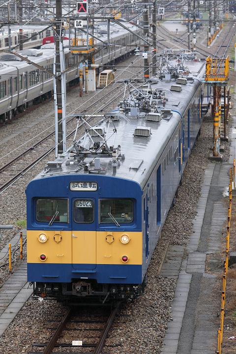 クモヤ145-895s