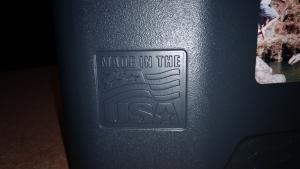 アメリカのIGLOO クーラーボックス マックスコールドカンタム 52ローラー