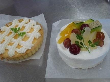 レモンのタルトフルーツショートケーキ