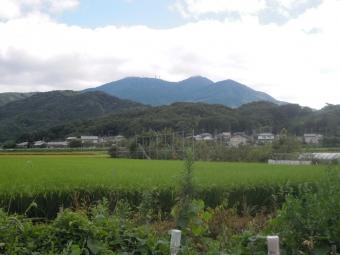 左手に筑波山170902
