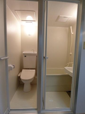 306バストイレアフター