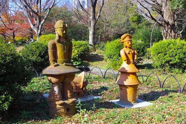 「日比谷公園内埴輪像」