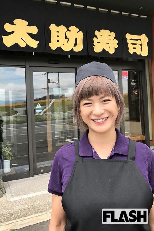 元祖巨乳グラドルの青木裕子さん(40歳) 2児の母となった今もその美貌と爆乳は健在だった