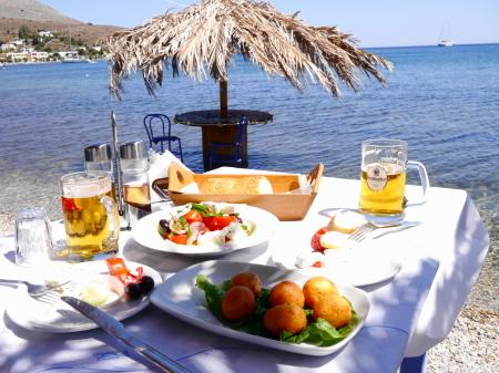 海目の前の昼食