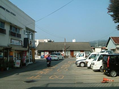横河原駅10