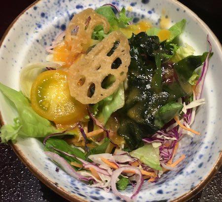 かごの屋のハンバーグ定食 季節のサラダ