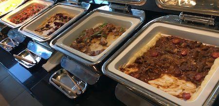 ワールドブッフェ お肉系のお惣菜