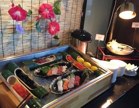 ワールドブッフェ 天ぷらとお刺身