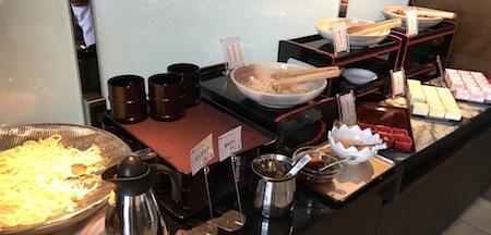 ザ・ダイニング万彩の朝食ブッフェ 定番の和風のおかず