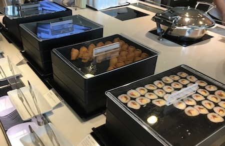 羽田空港国際線ANAラウンジ 巻き寿司・いなり寿司・おにぎり
