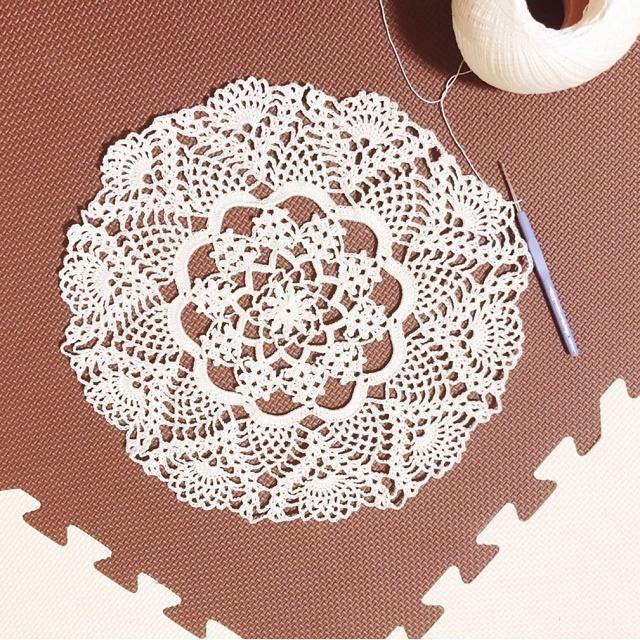 手編み雑貨 HanahanD レース編みの大判ドイリー