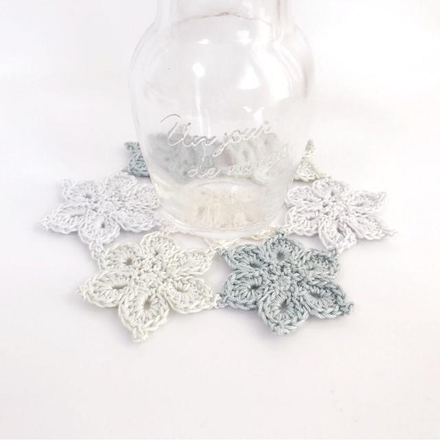 手編み雑貨 HanahanD レース花モチーフのドイリー パステルカラー