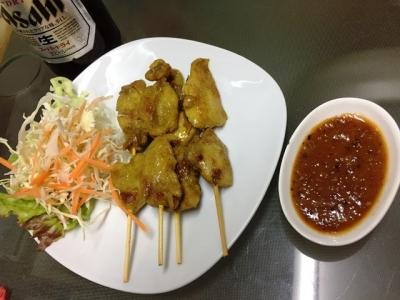 170521タイーヤータイガイサテー(鶏肉の串焼き)1000円
