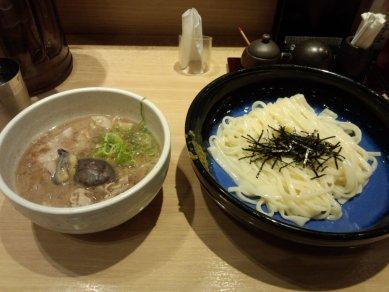 柚子胡椒の肉つけうどん@860円