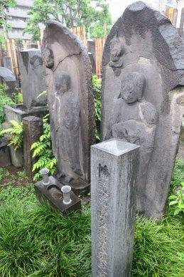 幡随院長兵衛の墓