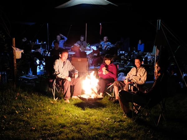 スキレットと焚き火のキャンプ06