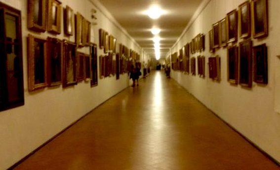 ヴァザーリ回廊 写真