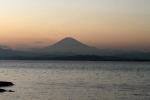 江の島水族館からの富士_1