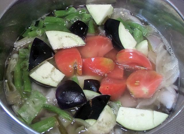 夏野菜のだしスープ