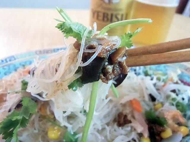 香菜肉味噌塩米粉