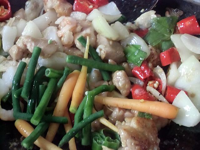 魚介と茹で野菜