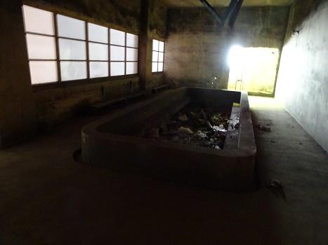 赤平炭鉱浴場跡 (1)