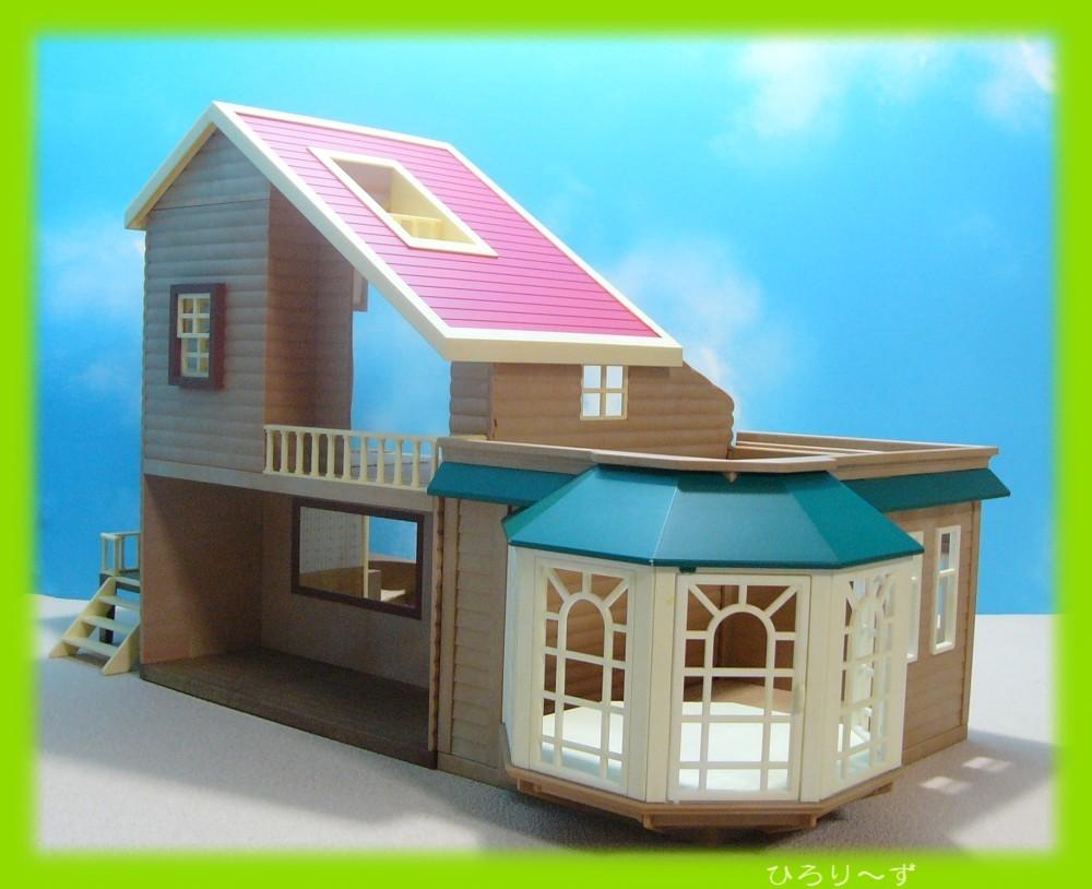 繋がる 赤い屋根の大きなお家 9