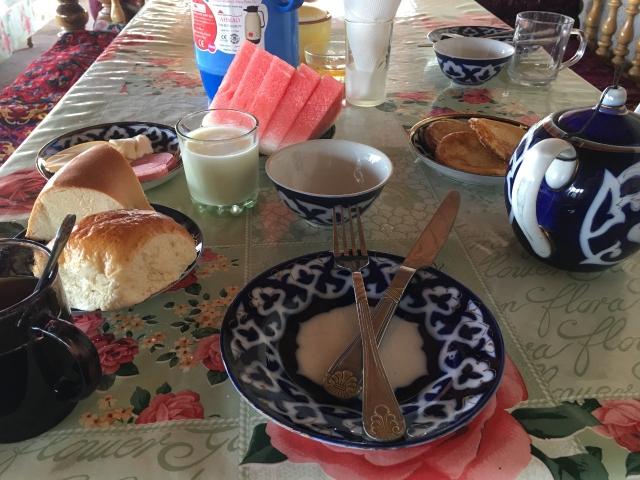 Bahodir 2朝食