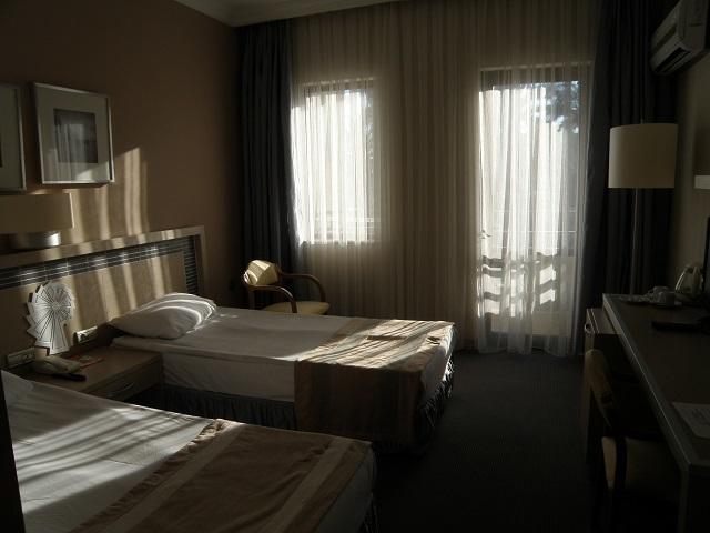 hotel2-2.jpg