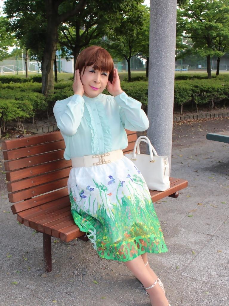 緑ブラウス緑絵柄スカートB(4)