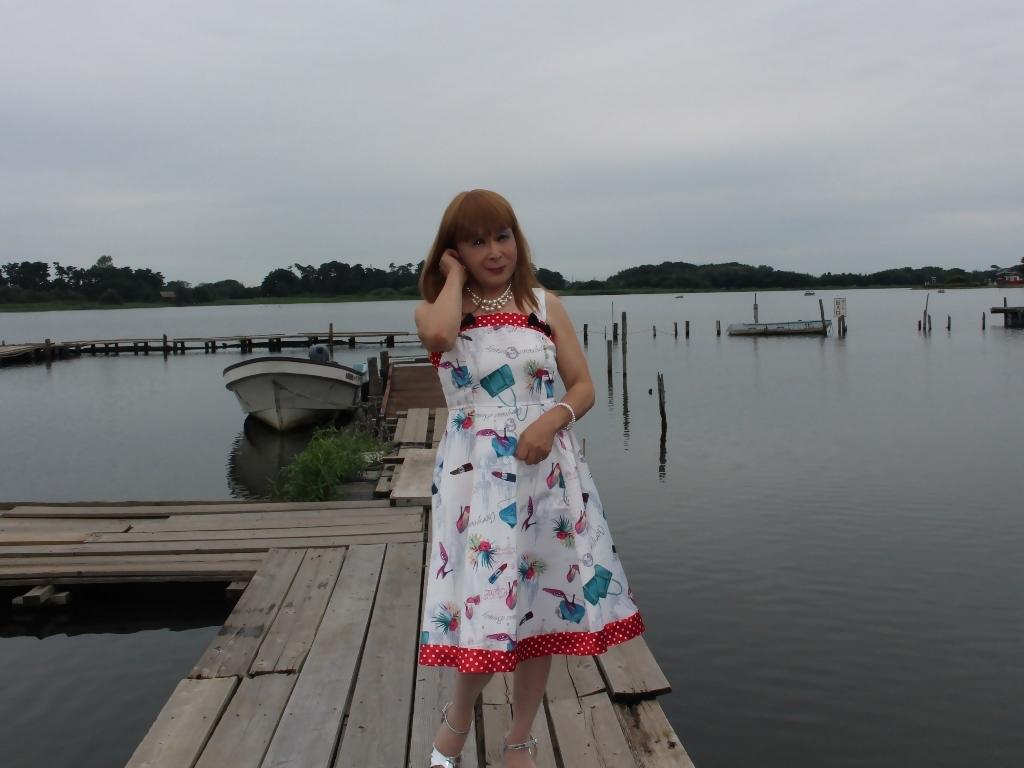 リゾートワンピ湖畔にてC(3)