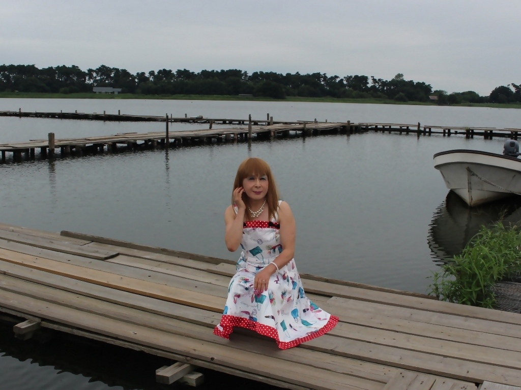 リゾートワンピ湖畔にてC(8)