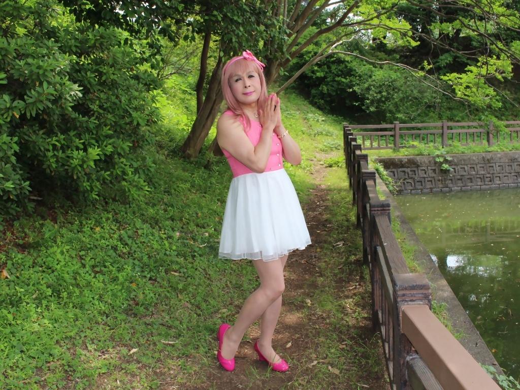 上ピンク下ホワイトワンピA(5)