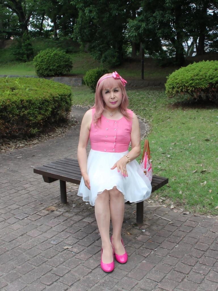 上ピンク下ホワイトワンピA(6)