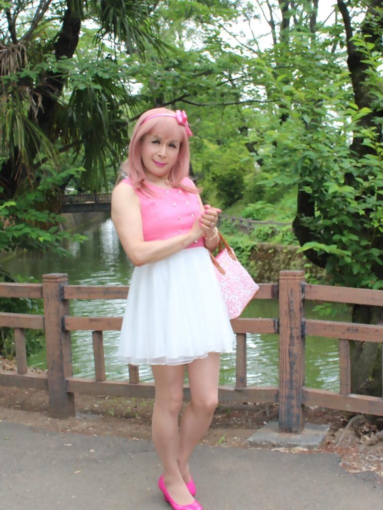 上ピンク下ホワイトワンピB(3)